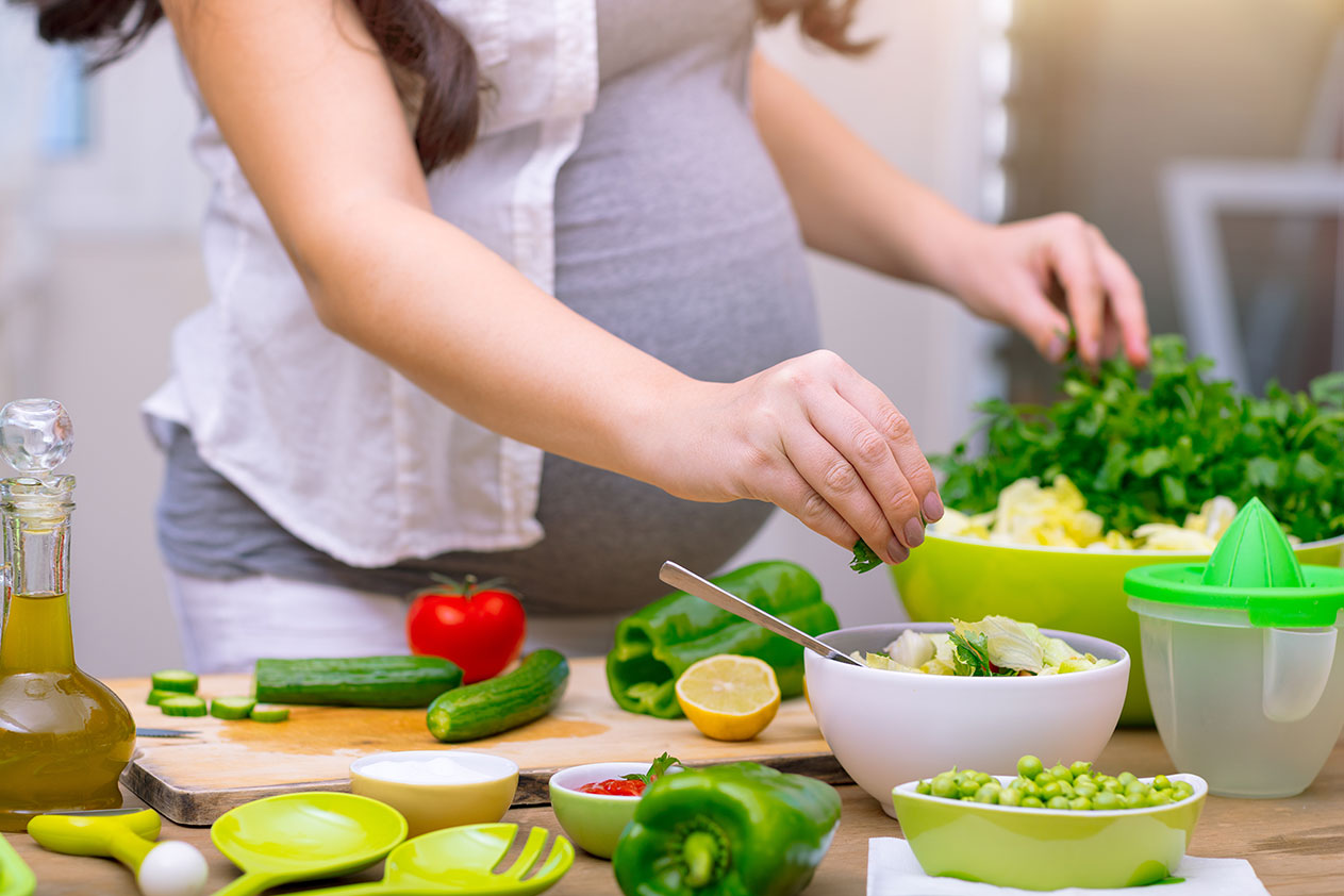 Iron-rich and Calcium-rich Foods to Add to Your Pregnancy Diet